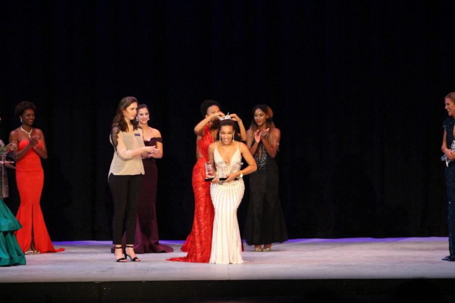 Jourdan Waddell crowned 61st Miss Northwestern Lady of the Bracelet