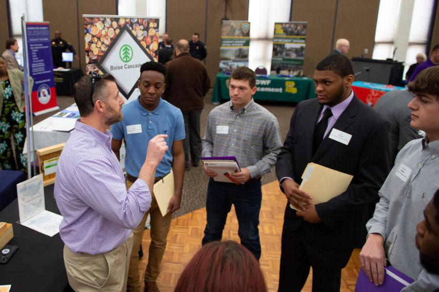 142 students attend spring Career Fair